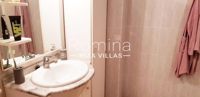 apto dita ibiza-5bathroom2