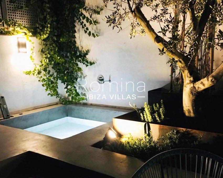 apto jardin ciudad-2garden pool
