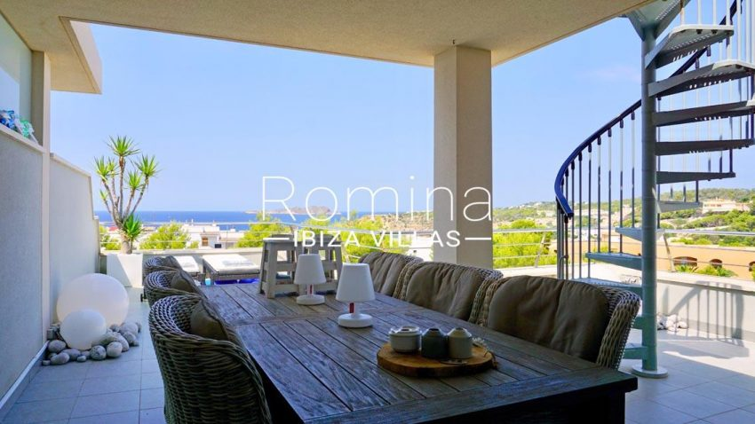 atico vista mar ibiza-1terrace porch diningarea sea view