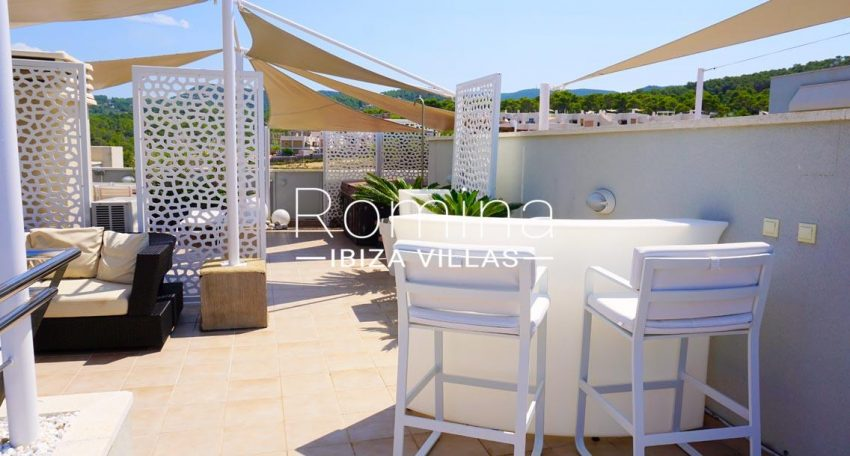 atico vista mar ibiza-2terrace sail lounge dininga rea