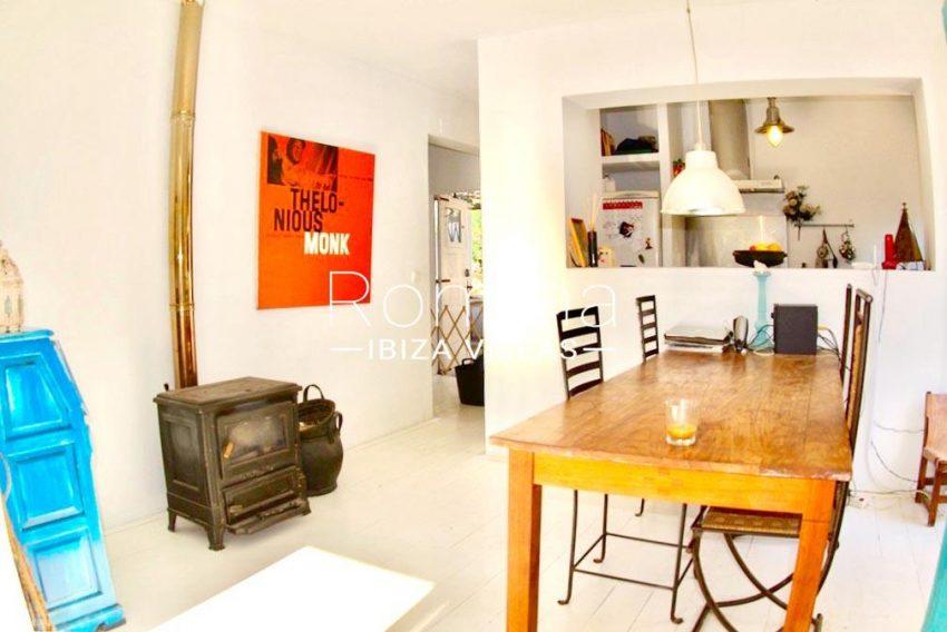 casa kina ibiza-3zdining room kitchen