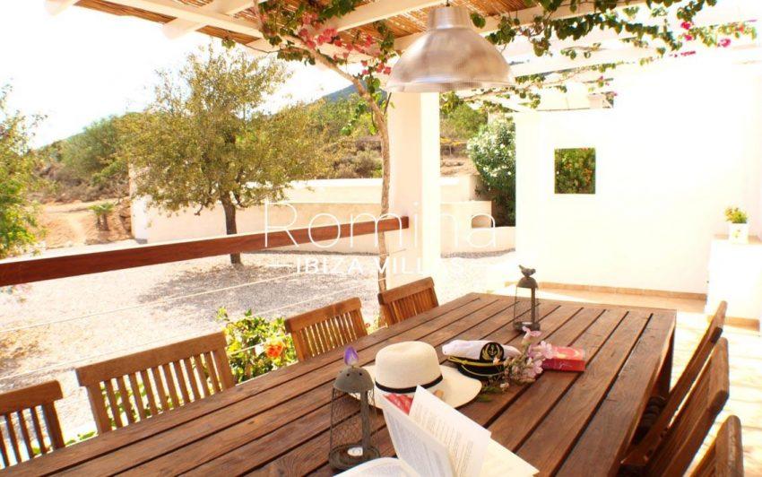 casa pouas ibiza-2pergola terrace dining area