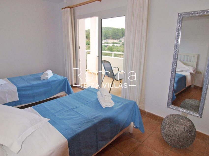 casa pouas ibiza-4bedroom twin2 terrace