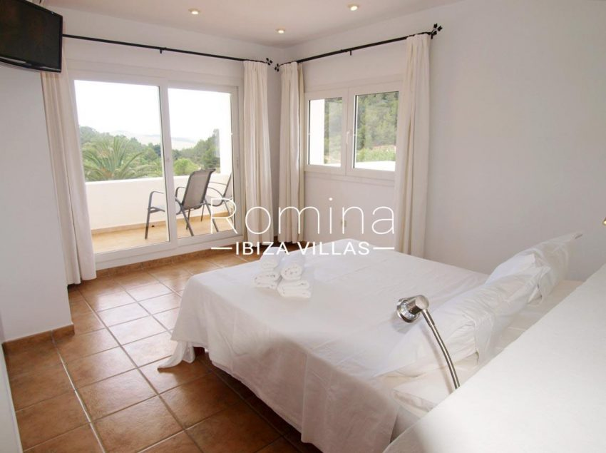 casa pouas ibiza-4double bedroom terrace