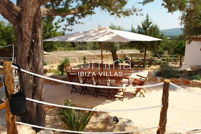 finca kanya ibiza-2outdoor dining area