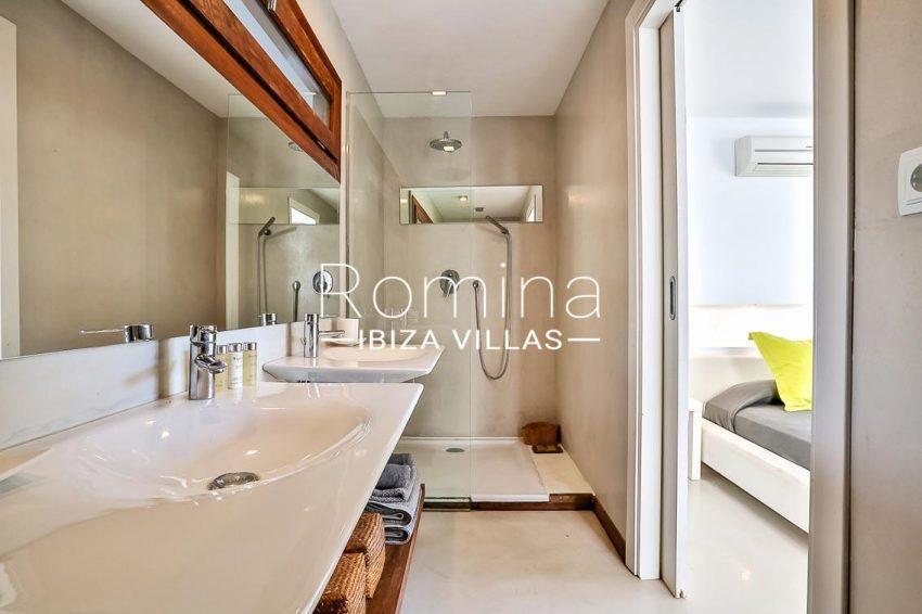 villa Pomba ibiza-5shower room bedroom