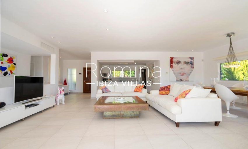 villa jecinda ibiza-3living room3