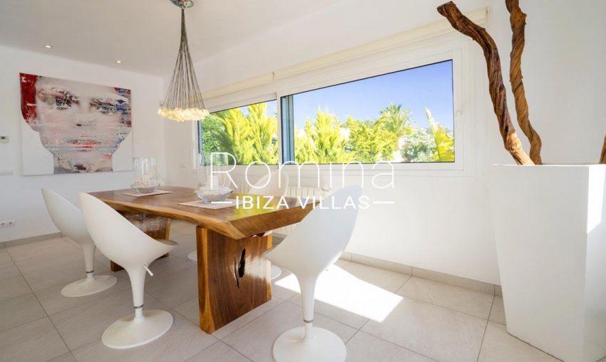 villa jecinda ibiza-3zdining area2