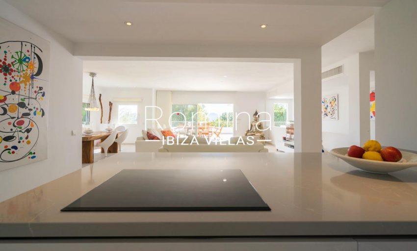 villa jecinda ibiza-3zkitchen living room