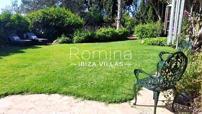 villa maisy ibiza-2garden lawn