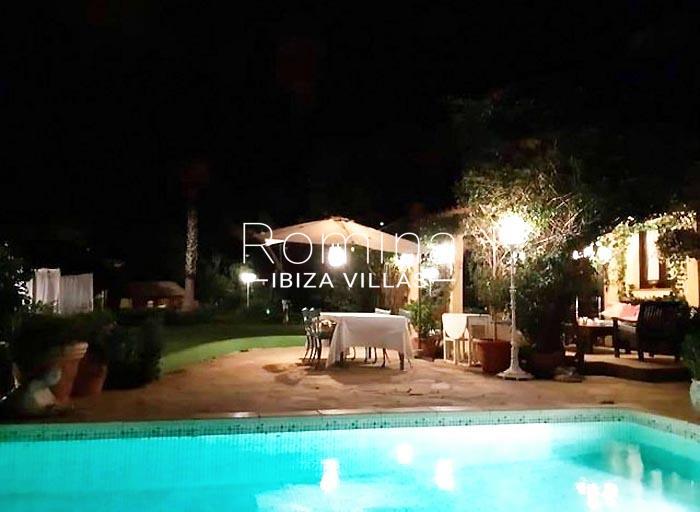 villa maisy ibiza-2pol by night