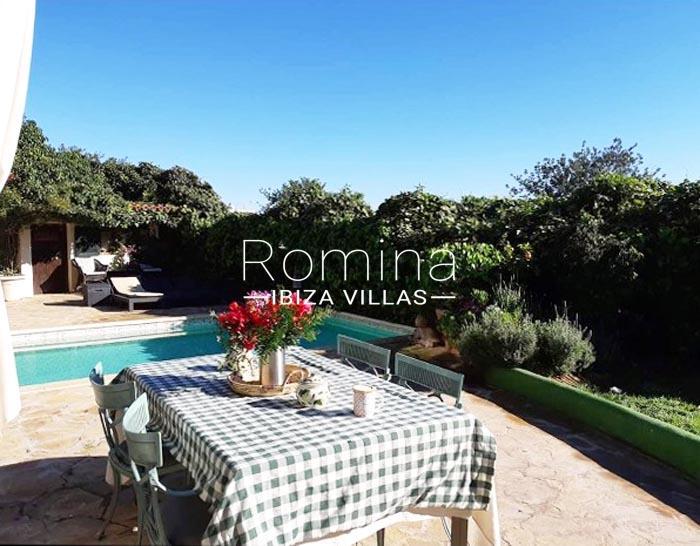 villa maisy ibiza-2pool terrace dining area