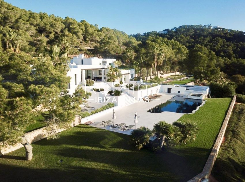 villa mar blau ibiza-2pool facade