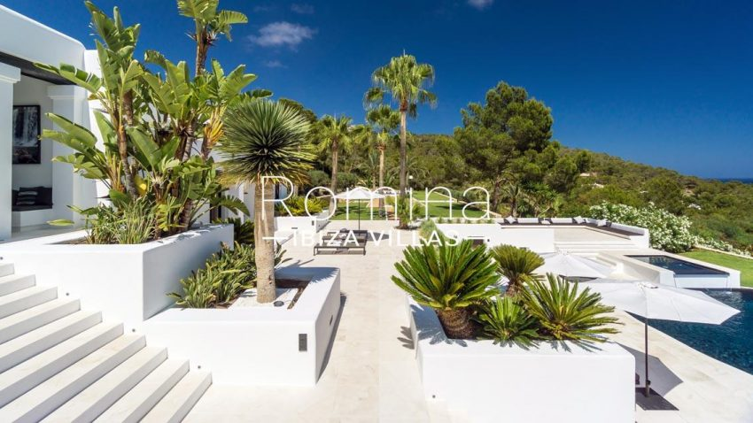villa mar blau ibiza-2terraces pool garden2
