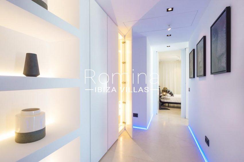 villa mar blau ibiza-4master bedroom hallway