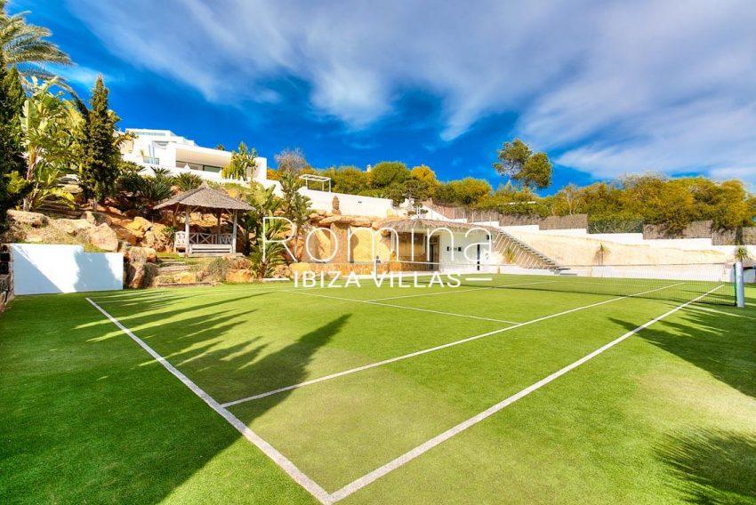 villa mona ibiza-2tenis court