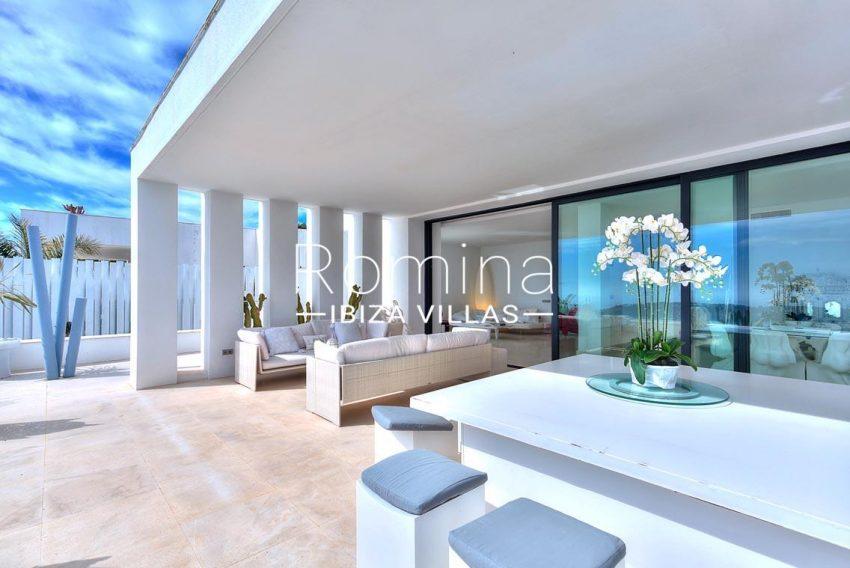 villa mona ibiza-2terrace sitting adininga rea