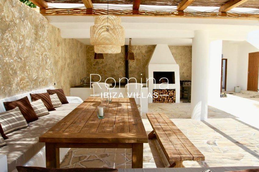 villa parque ibiza-pergola terrace diningarea BBQ