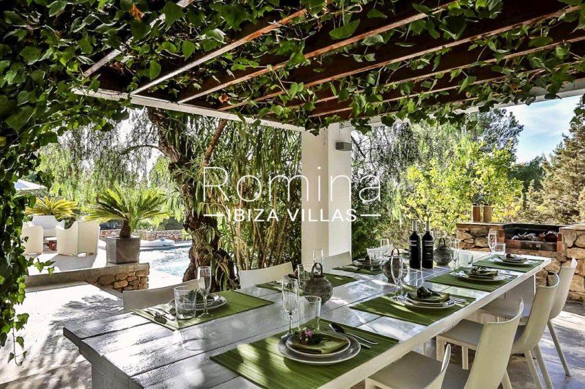villa pomba ibiza-2pergola terrace dining area