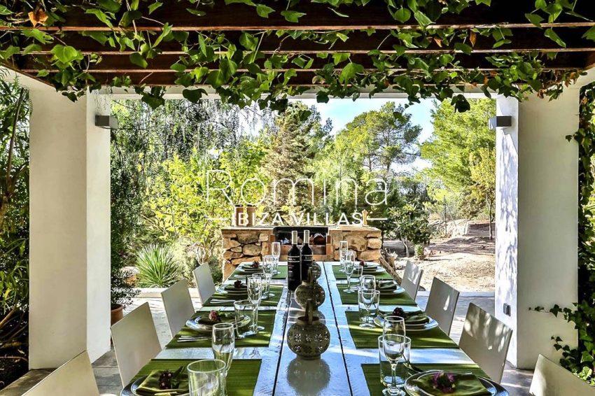 villa pomba ibiza-2pergola terrace dining area2