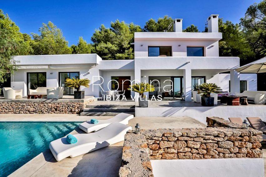 villa pomba ibiza-2pool facade terraces2