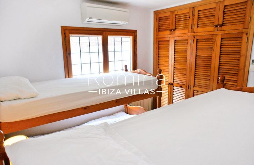 villa sandra ibiza-4bedroom bunk beds3