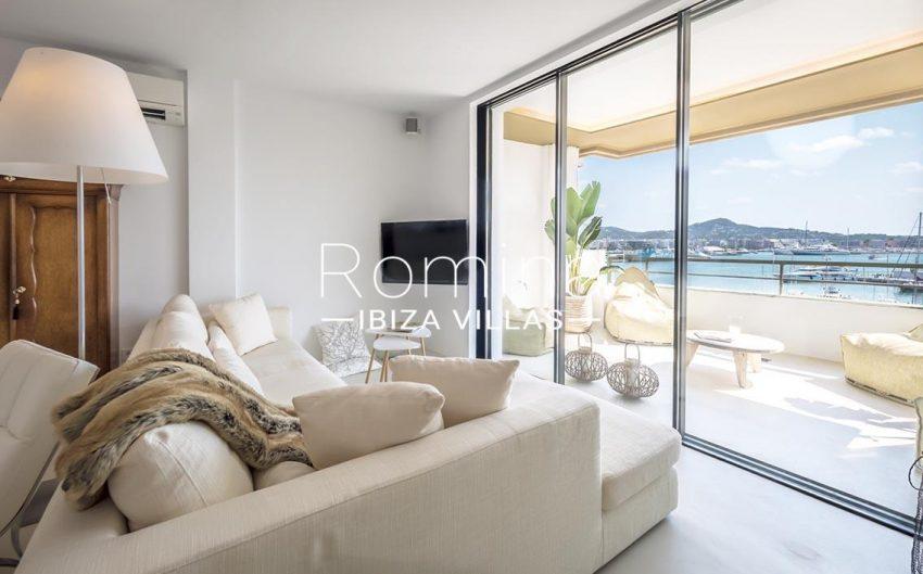 apto gaya ibiza-3living room sea view2