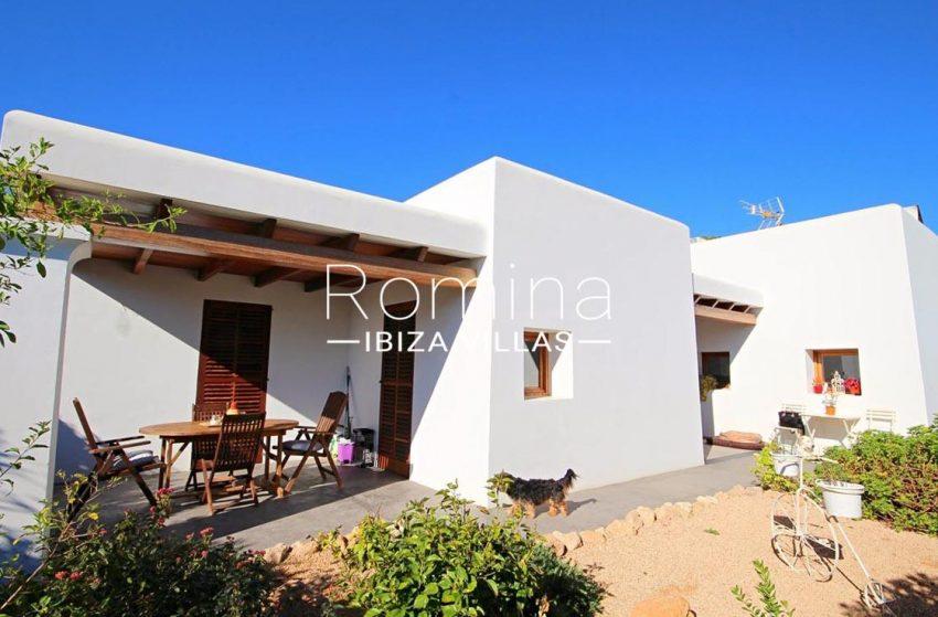 casa landy ibiza-2facade porch
