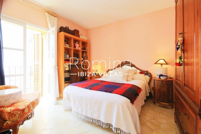 duplex marina ibiza-4master bedroom2