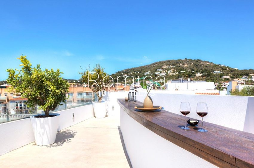 penthouse awa ibiza-1terrace bar view hill