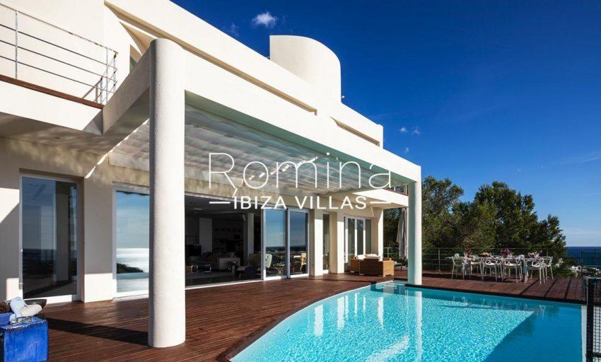 villa sedna ibiza-2pool facade terrace dining area