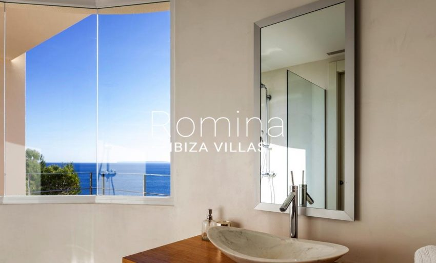 villa sedna ibiza-5bathroom2 sea view2