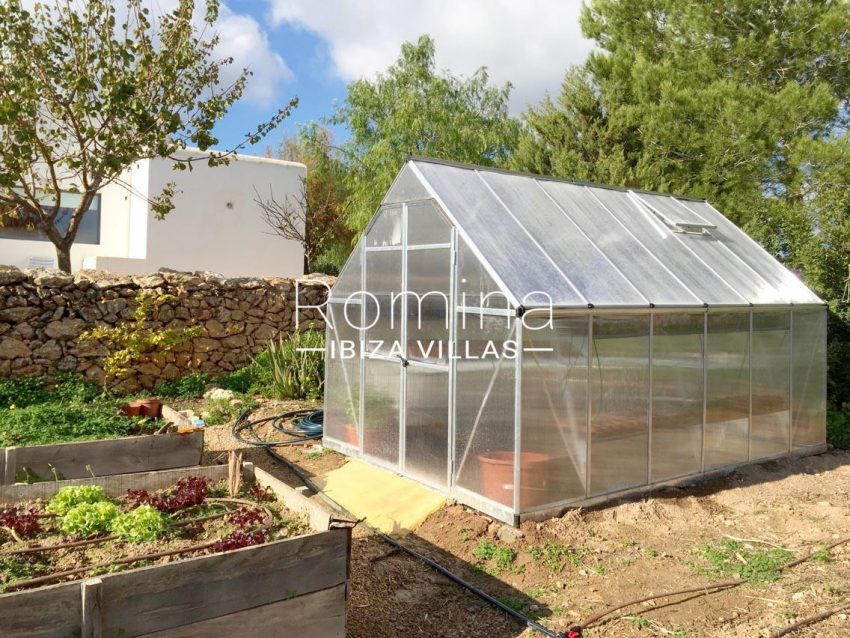 can puxet ibiza-2vegetable garden green house3