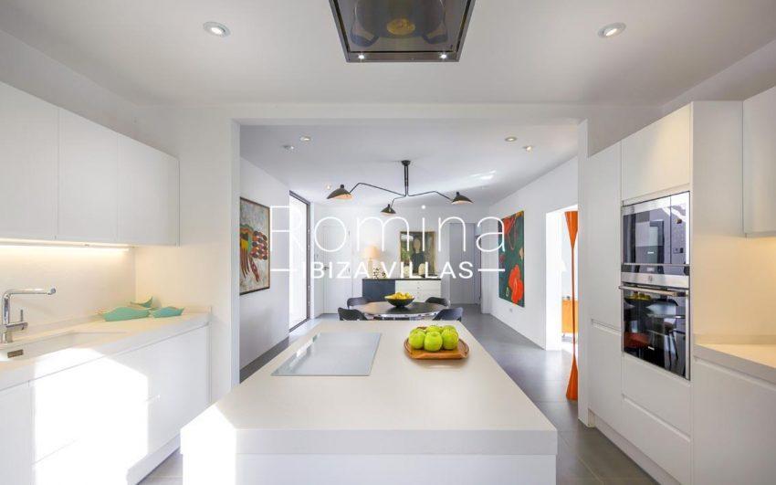 casa ben ibiza-3zkitchen dining room2