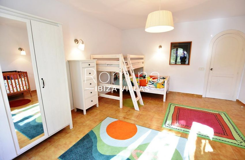 casa kila ibiza-4bedroom children2