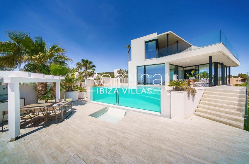villa ada ibiza-2pool facade pergola terrace diningarea