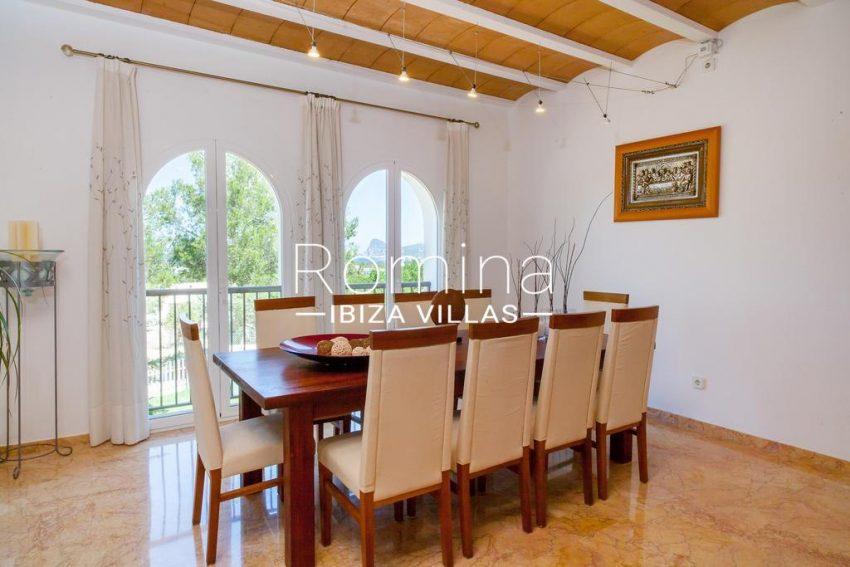villa baixa ibiza-3zdining room2