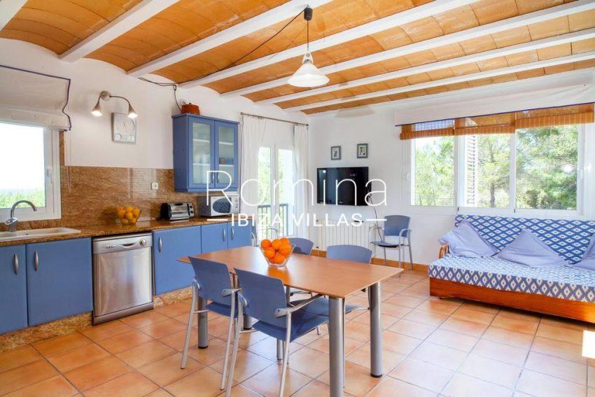 villa baixa ibiza-3zkitchen1