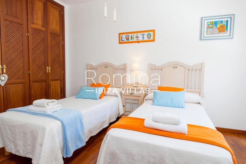 villa baixa ibiza-4bedtoom twin1bis