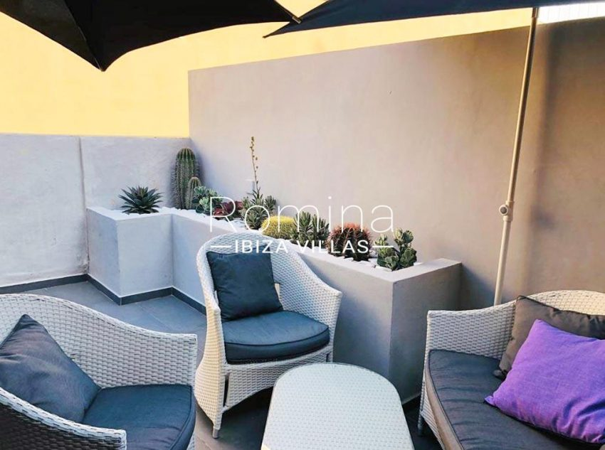 apto dila ibiza-2terrace outdoor sitting area