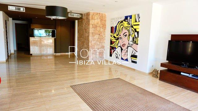 apto vic ibiza-3living room kitchen2