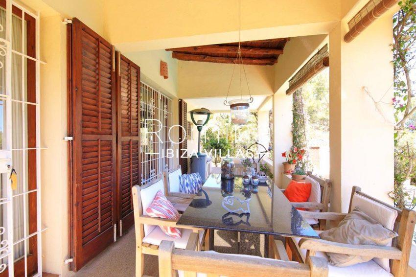 casa caliza ibiza-2covered terrace dining area