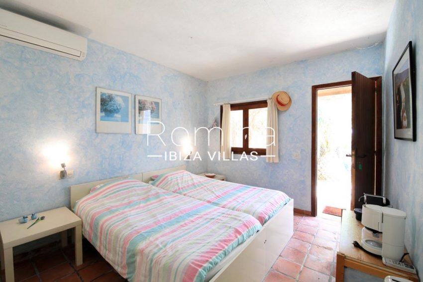 casa caliza ibiza-4bedroom guest house