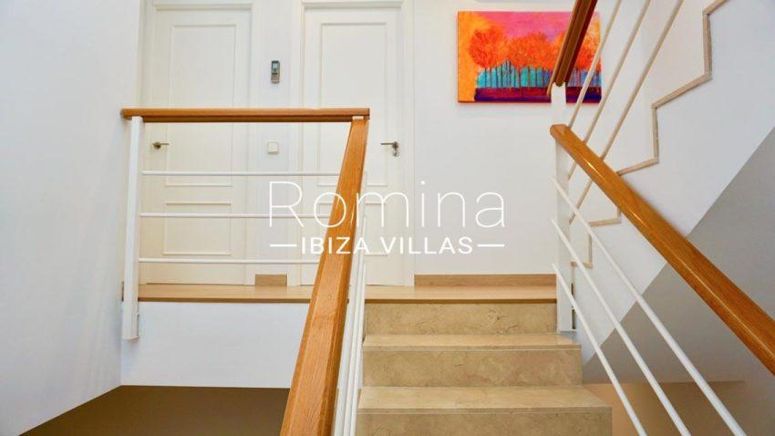 casa urban ibiza-3zstaircase landing