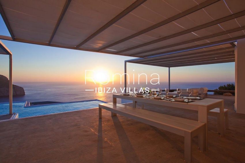 villa agapanthe ibiza-1terrace dining area sea view sunset