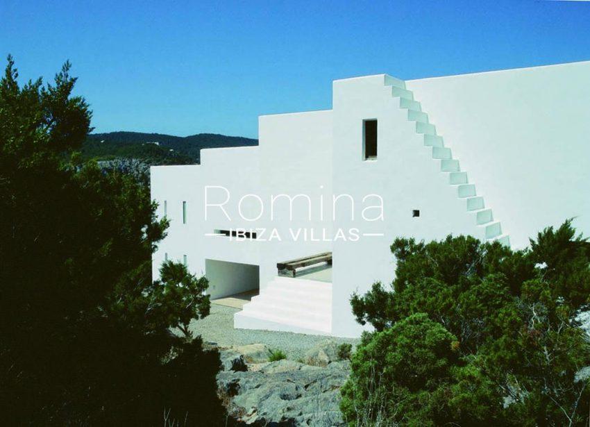 villa agapanthe ibiza-2side facade