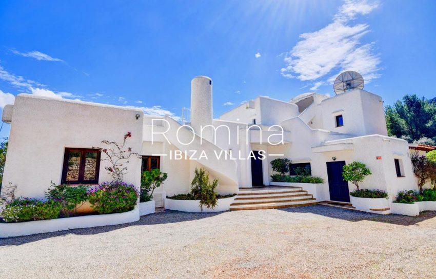 villa aria ibiza-2entrance facade3