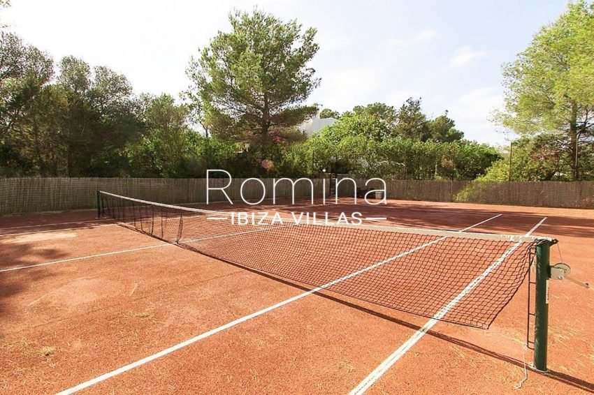villa aria ibiza-2tenis court