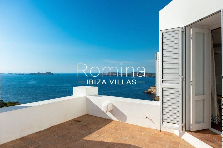 villa artemis ibiza-1terrace b edroom1