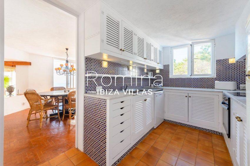 villa artemis ibiza-3zkitchen dining area